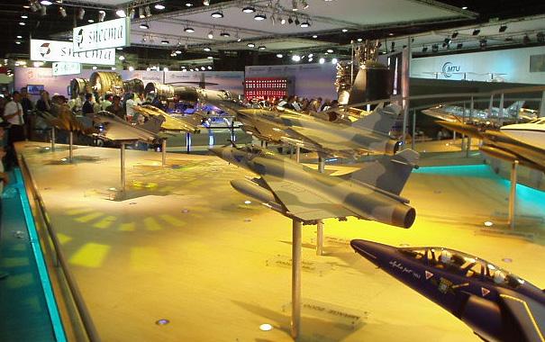 Salon aeronautique du bourget 2003 stands for Salon aviation bourget
